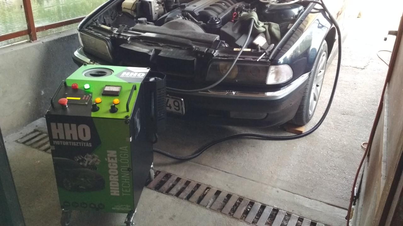 HHO Motortisztítás BMW E38 728i 193 Le